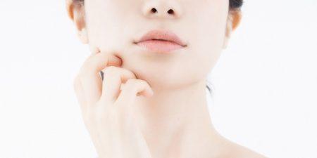 【これは分かりやすい】二重あごと頬のたるみ除去、簡単マッサージで悩み撲滅