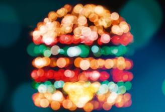 「センスの塊」フランスのマクドナルド『深夜営業』の広告を芸術的に仕上げる
