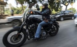 【ライダー】海外のバイク乗りがやばすぎる。恐怖っていう感情が無いのか!