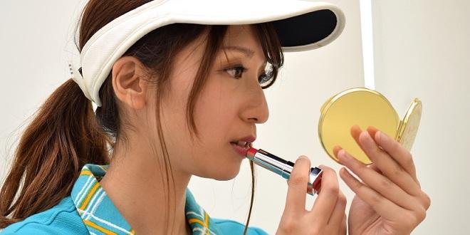 【コスメ】化粧崩れという概念を吹っ飛ばす「パウダー入り化粧下地マスク」が話題。セメント塗ったってくらい崩れない