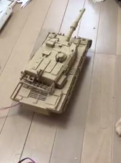 【才能の塊】中学生がダンボールとモーターで作った戦車がハイクオリティすぎる!