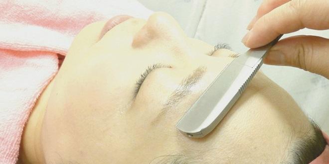 【顔剃り】肌の明るさアップ、くすみが消える、化粧ノリがよくなる・・イイこと尽くしの顔剃り!剃り方ポイントがこちら