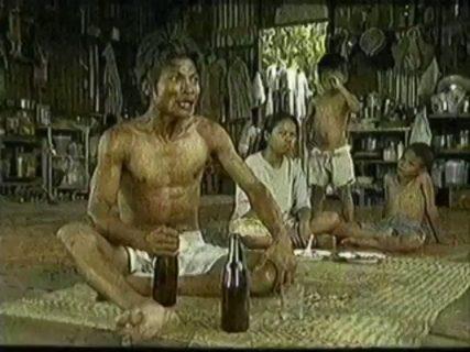 【お酒をやめたい人必見!】タイのCMの説得力が半端ない!これならやめられる!