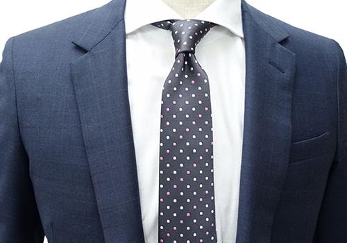 【スーツ】色々な「ネクタイ」の結び方を紹介。不器用でも安心ですね!