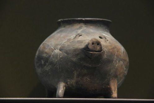 【ブヒッ】新石器時代(約6000年前)に作られた豚さんが可愛すぎる! これデフォルメされてるだろ!