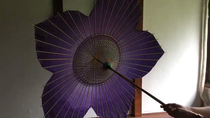 【美しい】日光で色が変化する和傘にネット民感激!