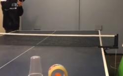 """【ピンポン】天才卓球少年による """"神技"""" の連発が凄すぎた!とても真似はできないな。"""