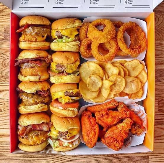 【話題】アメリカで爆増のハンバーガーチェーン『BURGER IM』が美味しそう!