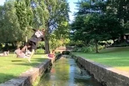 【動画】ジャンプのプロをご覧ください これもう西洋の忍者だろ!