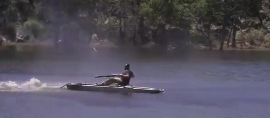 """【ボート】エンジンがない?オールもない?ならば """"ショットガン"""" で漕げばいいじゃない!"""