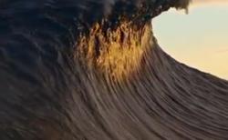 【ビッグウェーブ】あの葛飾北斎も思わずテンションが上がりそうな「高波」の映像が話題に!