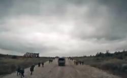 """【衝撃】毎年ロシアで開催される「大規模サバゲー」が完全に """"本物"""" にしか見えない件!"""