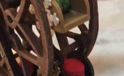 """【芸術】もはや「骨董品」の域に達した """"お菓子"""" をご覧ください。"""