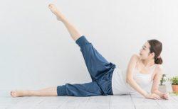 【美脚】体育大出身、トレーナーの先生「内ももをストレッチすれば足全体の足痩せにつながります」無駄な筋肉や浮腫みが取れるらしい!