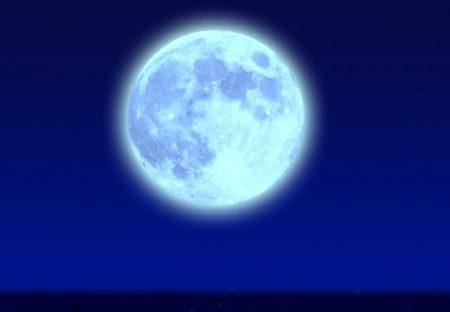 【今日は満月】満月の日は引力の影響で自律神経が乱れがち。対策はジャスミンティーや柑橘類でリラックス