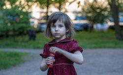 【危機管理】「尾行されてる」危険を察知したロシア少女、とっさの行動がすごい