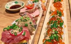 あなたはかつて見たことがあるだろうか・・・「40cmのロング寿司」を!