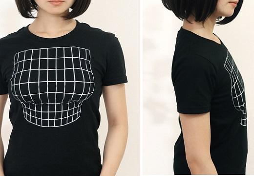 【天才】「正面を向いたときだけ、胸元がふくらんで見えるTシャツ」が話題