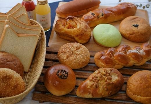 【ロスパン】休校で困ってる業者さんの「給食パン」ががちおいしそう!今の給食パンってこんななのか!
