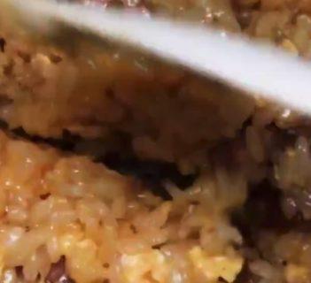 【失敗知らず】炊飯器で簡単「炊き込みチャーハン」が美味しそう!