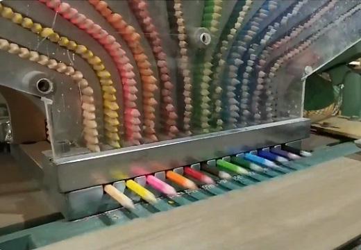 【工場動画】23年前に日本から消えたコーリン色鉛筆‥タイの工場で今も生産されていた