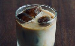 ミスドの人気商品「氷コーヒー」、作ってみた写真がものすごく美味しそう!