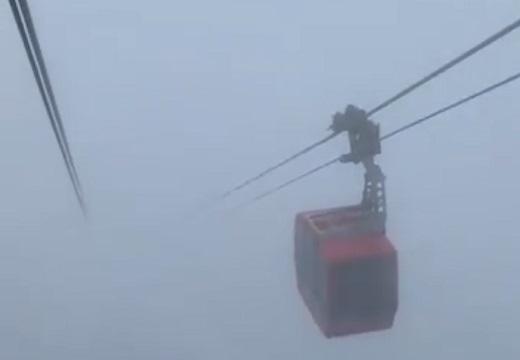 【怖動画】「濃霧のなか乗ったロープウェイ・・」まるでサイレントヒルと話題