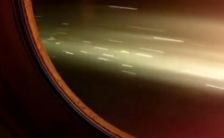 【ロケット】大気圏再突入!機内から外を撮影した動画がものすごい