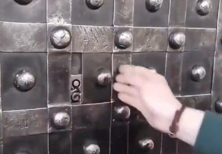 【動画】400年以上前のフランスで使われていた金庫がすごい