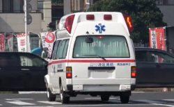 【悲しい】サイレンを鳴らす救急車に誰も譲らない交差点の様子が話題・・