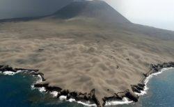 【びっくり】2013年に突然噴火した西之島の現在!ふっかふかである!