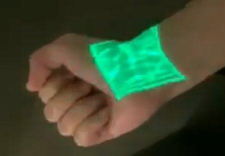 【動画】血管が透けて見える「血管可視化装置」が凄い。細い血管までくっきり!