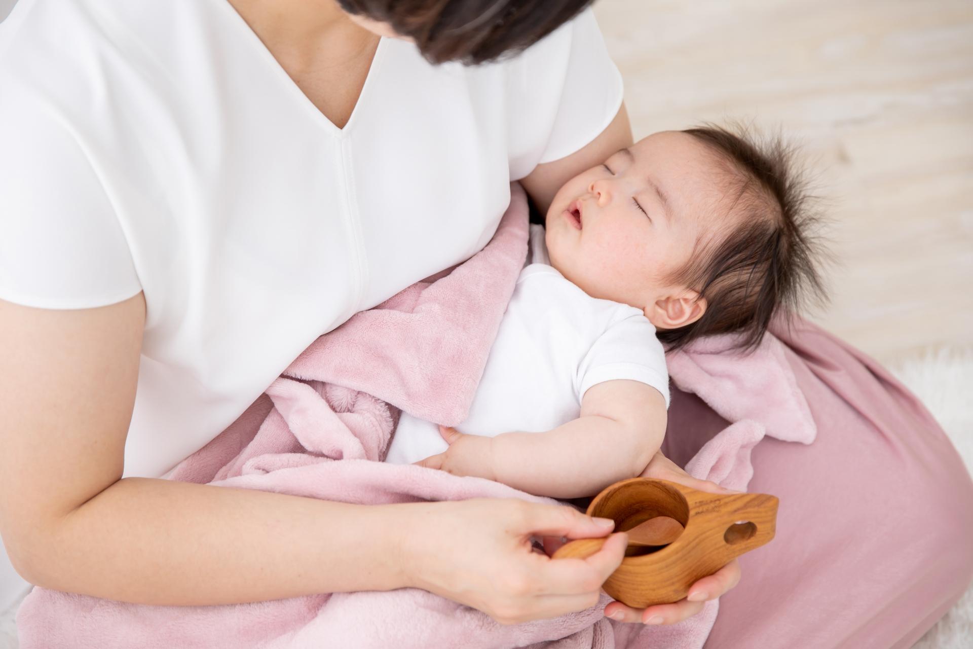 【なるほど】赤ちゃん連れの女性に「母乳?」お年寄りがする謎質問。理由が判明
