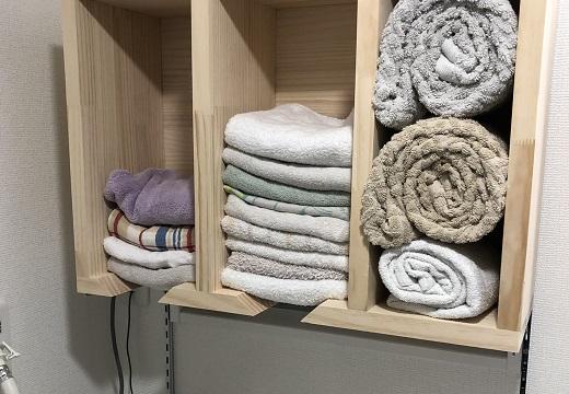 【天才】手作りのタオル整理棚、ローテーションされる仕組みが凄いと話題に