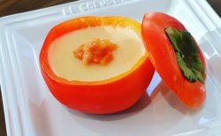 【卵・ゼラチン不要】柿と牛乳と砂糖のみで凝固する柿プリンが話題。濃厚ヘルシーで美味しそう!