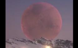 【壮大】アルプス山脈から見た月がデカすぎる! 「こんなに近いのか・・・」