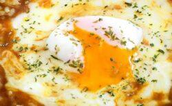 【確実においしい】人気料理研究家さんが公開「サッポロ一番+カレールー」で「カレーラーメン」〆はごはん追加!