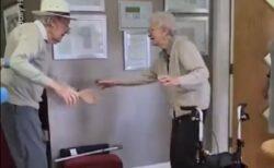 【泣いた】コロナで離ればなれだった老夫婦が数カ月ぶりに再会。感動的すぎる