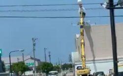 【衝撃映像】巨大なボウリングのピンが落下する様子が撮影され話題に「声出た!」