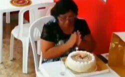 【泣いた】独りで誕生日を祝うことになってしまった女性、思わぬ展開に・・