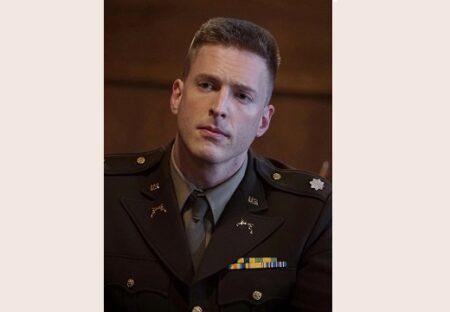 【!】軍服が似合いすぎる厚切りジェイソンにネット騒然w「映画みたい・・」