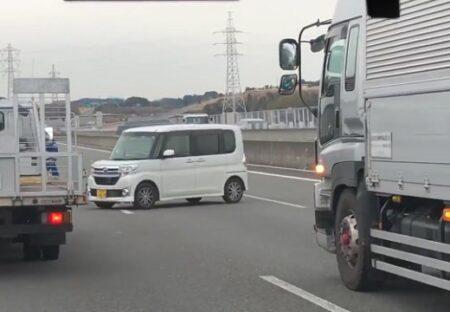 【動画】高速道路を逆走する高齢者と、壁になり他車を守るトラックの連携が話題